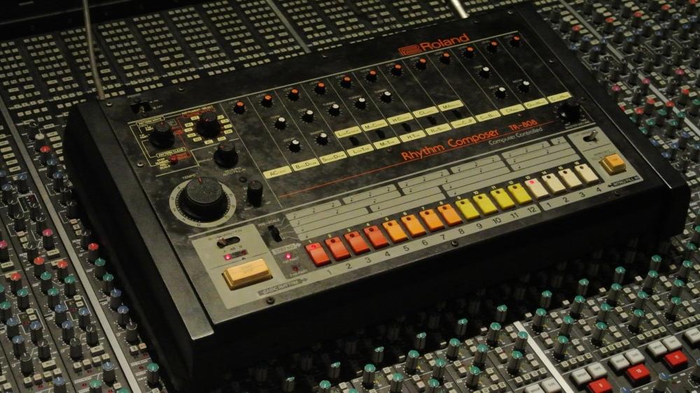 Roland-TR-808-at-Studios-301