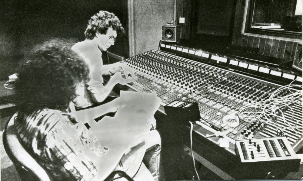 Aosis-January-1983